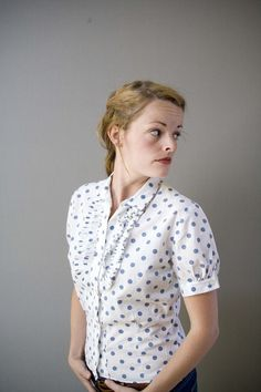 This is a vintage blouse, but I'd totally wear it now.