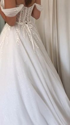 Puffy Wedding Dresses, Royal Wedding Gowns, Wedding Corset, Perfect Wedding Dress, Bridal Dresses, Flower Girl Dresses, Bridal Style, Fairytale, Marie