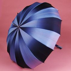 Umbrella ideas--rental umbrellas (for the bridal party) $10