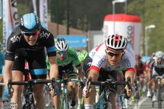 2014 vuelta-al-pais-vasco photos stage-02 - Ben Swift (Sky) narrowly beats Michal Kwiatkowski (Omega Pharma - Quick-Step) for 2nd