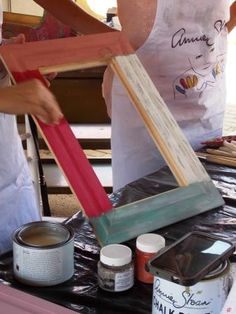 Introduction to Chalk Paint - Workshop - Techniques - Chipping - Whitewash - Distressing - Applying wax Whitewash, Woman Painting, Chalk Paint, Restoration, Wax, Workshop, How To Apply, Atelier, Work Shop Garage