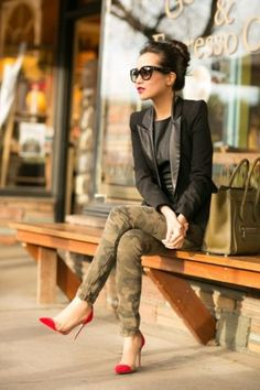 Ways to Look Cool in Army Pants This Year 0131
