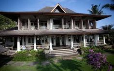 Dutch Colonial in Bali, Indonesia -- Photos, House of the Day - WSJ Dutch Colonial Homes, Colonial Mansion, Colonial Exterior, New York Penthouse, Dutch House, Global Real Estate, Dutch East Indies, Concept Architecture, Colonial Architecture