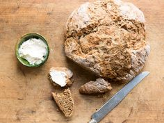 Espresso powder adds a jolt to this sleepy soda bread. We love it as toast for a breakfast sandwich . Bread Recipes, Baking Recipes, Easy Recipes, Baking Breads, Irish Bread, Coffee Bread, Coffee Cake, Irish Coffee, Irish Whiskey