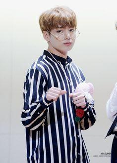 Jungkook ❤ BTS at the Myeongdong Fansign #BTS #방탄소년단