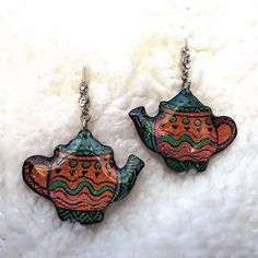 ANCIENT TEA POT EARRING