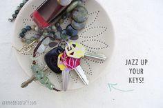Idea para decorar llaves con papel - http://decoracion2.com/idea-para-decorar-llaves-con-papel/59431/ #DecoracionOriginal, #DecorarLlaves, #Diy, #Manualidades, #ReciclarPapel #Consejos, #Recursos