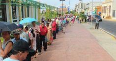 """¡HAMBREADORES DEL PUEBLO! Tres mil bolívares por un cupo para sacar el """"Carnet de la Miseria"""""""