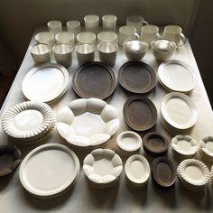 カフェオレボウル ¥3000、そばちょこ ¥2500<石川隆児> Ishikawa, Craft Markets, Farmers Market, Pottery, Plates, Ceramics, Dishes, Tableware, Instagram Posts