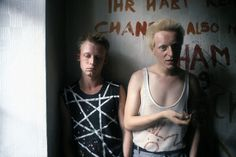Punks in squatted flat, East-Berlin, 1982 (photographed by Ilse Ruppert)
