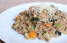 Fotorecept: Krémové pohánkové rizoto s cuketou Fried Rice, Fries, Health Fitness, Ethnic Recipes, Nasi Goreng, Fitness, Stir Fry Rice, Health And Fitness