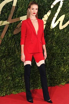 Rosie Huntington-Whiteley Just Won At Pantsuits #Refinery29