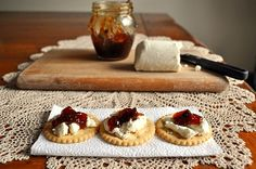 Little B Cooks: Chronicles from a Vermont foodie: Crackers with Goat Cheese & Fig Jam