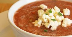 A Sweet and Spicy Metabolism-Boosting Gazpacho That Hydrates