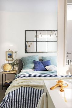 〚 Cozy small apartment with panoramic terrace by the sea in Spain (50 smq) 〛 #seastyle #bedroom #blue #white #interiordesign #Homedecor #ideas #inspiration #tips #cozy #living #space #style #home #decor #interior #design Cute Apartment, Apartment Bedroom Decor, Home Bedroom, Room Decor Bedroom, Bedroom Furniture, Living Room Decor, Bedroom Signs, Bedroom Rustic, Bed Room