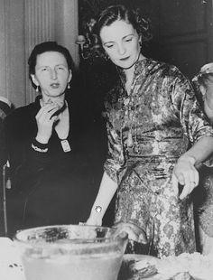 Mbretëresha Geraldine e Shqipërisë dhe Giovanna e Bullgarisë.