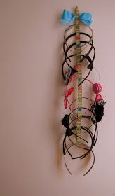Sunny Tuesday: Headband Organizer in Less Than 15 Minutes!
