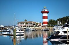 Check out the Hilton Head art scene and find the best places for Lowcountry culture through visual art, entertainment and fun for the whole family. #itrip #vacationrental #travel