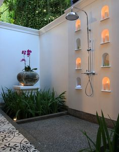Outdoor Shower Ideas Backyard Mastery - Outdoor Space Decor, Landscaping and DIY Projects Outdoor Baths, Outdoor Bathrooms, Outdoor Rooms, Outdoor Living, Outdoor Decor, Outdoor Ideas, Patio Ideas, Spa Bathroom Design, Bathroom Spa