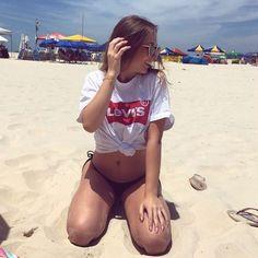 - ❤ johwtromundo ❤ - summer pictures, beach girls, photo tips. Summer Photography, Photography Editing, Wolf Photography, Photography Outfits, Maternity Photography, Summer Pictures, Beach Pictures, Photos Bff, Beach Poses