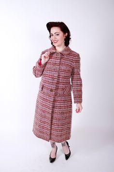Plaid coat Vintage Winter, Vintage Coat, Plaid Coat, Vintage Boutique, Keep Warm, Winter Coat, Vintage Dresses, 1960s, Unique Gifts