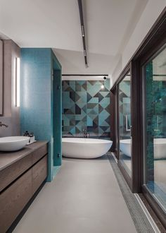 Bathtub, Bathroom, Decorative Lights, Full Bath, Interior Designing, Bathing, House, Standing Bath, Washroom