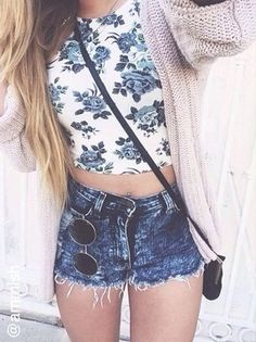 why her glasses on her pants doe Issues and Inspiration on http://fancytemple.com/blog Womens Fashion Follow this amazing boards and enjoy http://pinterest.com/ifancytemple