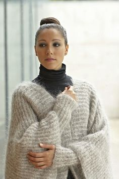 Ravelry: Mohair Poncho by Linda Marveng