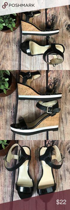 Liz Claiborne wedge Sandals Black, white & cork Liz Claiborne wedge sandals. Size 8 1/2. Heel 4in. Great condition! Liz Claiborne Shoes Wedges