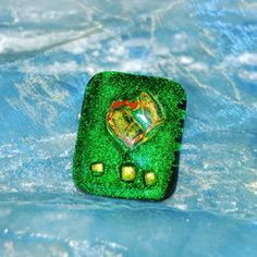 Glass Brooch Emerald Glitter