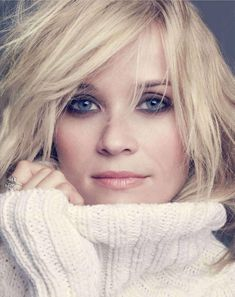 Reese Witherspoon (love the cozy sweater and chopped hair)
