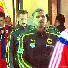 Erik coming out for half-time warm up  140517 DFB Pokal Final (BVB vs FCB) [part. 2]