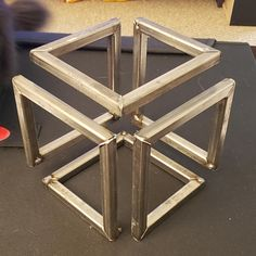 Infinity cube table plans, cut list calculator, images and explanation for buidling your own. Welded Furniture, Wood Furniture Living Room, Steel Furniture, Furniture Decor, Furniture Design, Chair Design, Design Design, Modern Furniture, Infinity Table