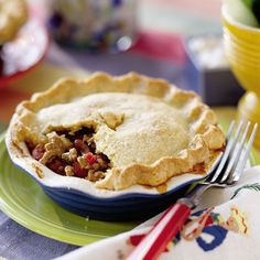 Chili Pie with Cornmeal Crust. Chili and Pie. Awesome! Can't wait to try this.