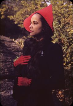 """Blanche Dunn, the chic Harlem Renaissance-era actress, photographed in Morningside Park in Harlem by her friend, Carl Van Vechten, in 1940. Ms. Dunn was essentially an """"It"""" girl of the era: a mainstay at Van Vechten's legendary parties and, as noted by the legendary Harlem Renaissance writer, painter Richard Bruce Nugent, """"at all the Broadway first nights. A party was not a party, a place not a place, without Blanche"""". Photo:Beinecke Rare Book and Manuscript Library."""