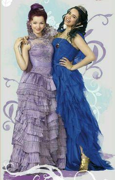 Evie - Mal - Vestidos Coronación - Kara Saun costume designer - Descendientes Disney