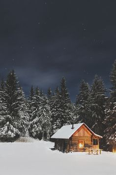 Winter, house, forest and cabin HD photo by paul itkin ( on Unsplash Winter Cabin, Cozy Cabin, Winter Snow, Snow Cabin, Cabin Homes, Log Homes, Villa Pehuenia, Ideas De Cabina, Cabin In The Woods
