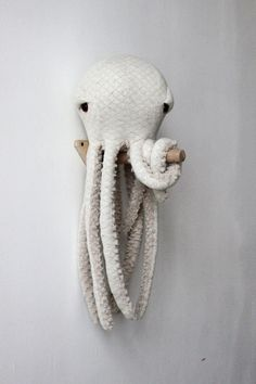 Small Albino Octopus - Handmade Plush toy The little Octopus Albino BigStuffed So cute and caring! Little Octopus Albino BigStuffed will be the perfect companion for your little boy to complement the Sewing Toys, Sewing Crafts, Sewing Projects, Sewing Ideas, Stuffed Animals, Stuffed Animal Diy, Octopus Stuffed Animal, Stuffed Toy, Plush Animals
