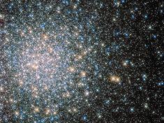 Un gioiello del cielo,  Messier 5, un ammasso di oltre 100.000 stelle / Hubble's Messier 5 Cluste /