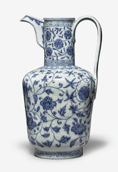 An exceptionally rare and important blue and white ewer, Xuande mark and period - Alain. Guangzhou, Flower Phone Wallpaper, Chinese Ceramics, White Vases, Chinese Antiques, China Porcelain, Porcelain Ceramic, Chinese Art, Chinoiserie
