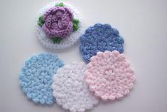 꽃가득 티코스터 。실 Patons® Beehive Baby Sport Yarn 。바늘 코바늘 모사용 3호 @ 이 도안을 이해... Crochet Case, Crochet Motif, Free Crochet, Knit Crochet, Crochet Patterns, Tea Coaster, Kawaii Crochet, Crochet Decoration, Knitted Afghans