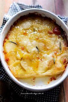 Parmigiana di patate (Ricetta velocissima tutto a crudo!) ✫♦๏☘‿FR Dec ༺✿༻☼๏♥๏写☆☀✨ ✤ ❀‿❀ ✫❁`💖~⊱ 🌹🌸🌹⊰✿⊱♛ ✧✿✧♡~♥⛩ 💓🌸💓 ⚘☮️❋⋆☸️ ॐڿ ڰۣ(̆̃̃❤⛩✨真♣ ⊱❊⊰ 💐🌺💐✤. Raw Food Recipes, Italian Recipes, Vegetarian Recipes, Cooking Recipes, Healthy Recipes, Antipasto, Daily Meals, Savoury Dishes, Diy Food