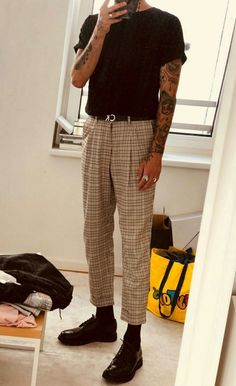 Tan Plaid Trousers + Tucked Black Tee + Black Dress Shoes black dress Plaid shoes tan tee trousers tucked is part of Streetwear fashion - Fashion Mode, Aesthetic Fashion, Aesthetic Clothes, Kids Fashion, Mode Outfits, Casual Outfits, Men Casual, Fashion Outfits, Dress Fashion