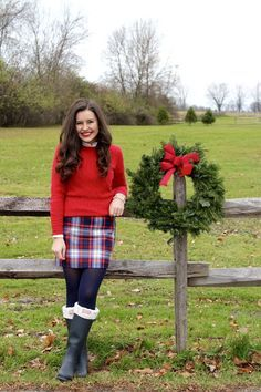 Deck The Halls With Vineyard Vines // Belle of the Ball