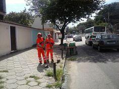Em homenagem ao dia internacional da mulher uma singela homenagem as guardiãs da limpeza de nosso bairro,onde sempre as vejo nas imediações da rua Catão.t