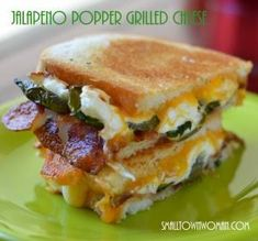 Jalapeno Popper Grilled Cheese -- Just because it is called comfort food does not mean it can't have some heat. The Jalapeno Popper Grilled Cheese is a comfort food that can be as spicy Grill Sandwich, Grill Cheese Sandwich Recipes, Grilled Cheese Recipes, Meatloaf Sandwich, Grilled Cheeses, Cheese Burger, Jalapeno Recipes, Sandwich Ingredients, Toast Sandwich