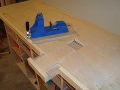 Kreg jig built-in workbench.                                                                                                                                                                                 More Workshop Bench, Workshop Storage, Workshop Organization, Garage Workshop, Workshop Ideas, Small Garage Organization, Garage Storage, Organizing, Woodworking Jigs