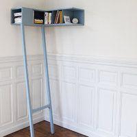 Première femme à recevoir le prix Cinna en 2010, la designer française Marie Dessuant collabore avec Ligne Roset, en présentant l'« étagère en coin » et le « vide-poche », comme une nouvelle manière d'aborder le mobilier.