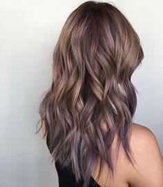 Medium Layered Hairstyles for Thick Hair - Ash, Pearl and Lilac Tones Balayage