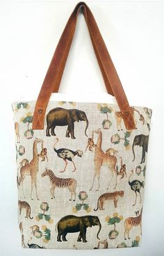 Menagerie Handbag in linen with leather strap